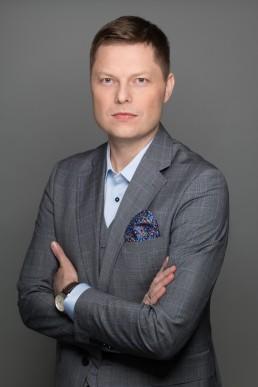 Monochrom Photo -fotografia biznesowa Warszawa. Zdjęcia biznesowe, sesje korporacyjne, zdjęcia do CV, zdjęcia na LinkedIn.